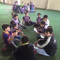 صور من طلاب  مدارس منار الشمس العالمية