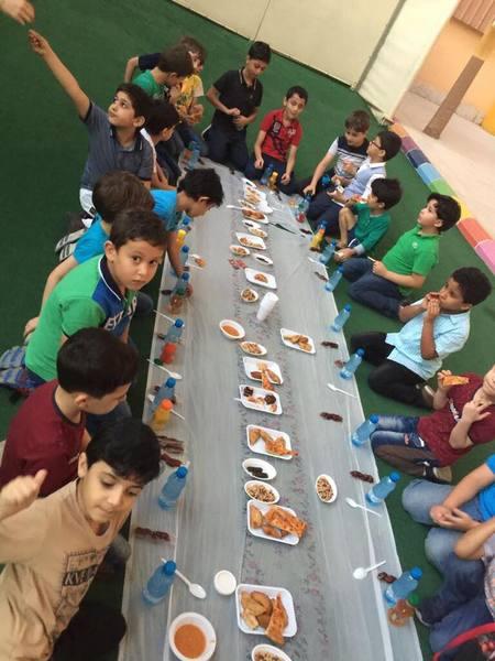 صور من احد انشطه الطلاب بمدارس فرسان المعرفة الدولية